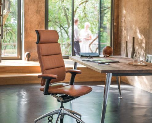 Open Up Modern Classic - luksuslik nahast juhi töötool